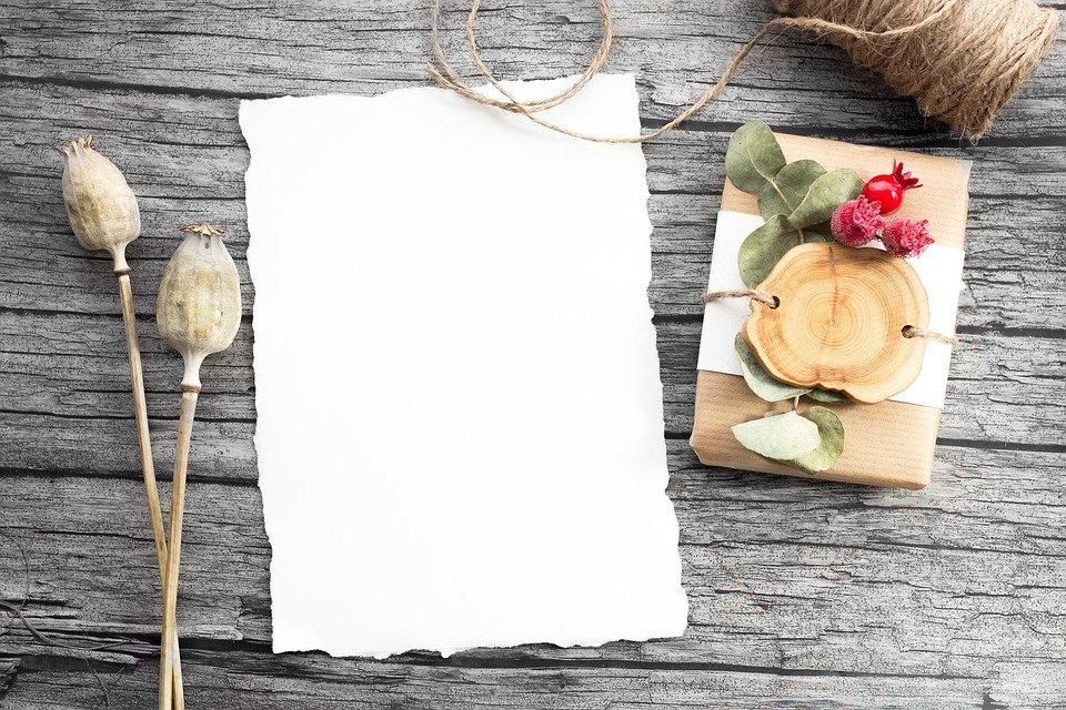 Carta da lettere preziosa per scrivere la tua  lettera